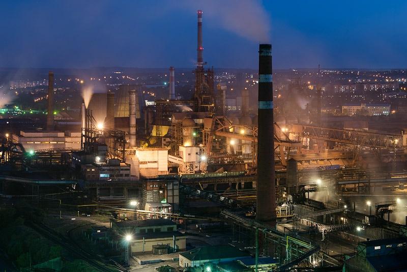 Донецкий метзавод возобновил работу доменной печи      Донецький метзавод відновив роботу доменної печі