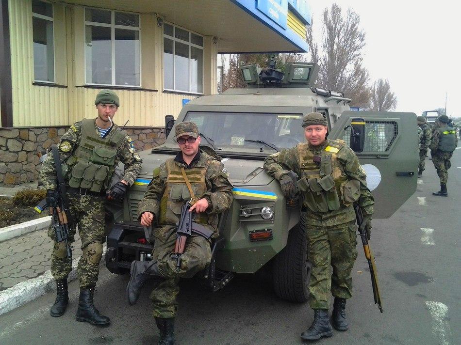 Фото: Украинские бронеавтомобили КрАЗ Кугуар 4х4Фото: Українські бронеавтомобілі КрАЗ Кугуар 4х4