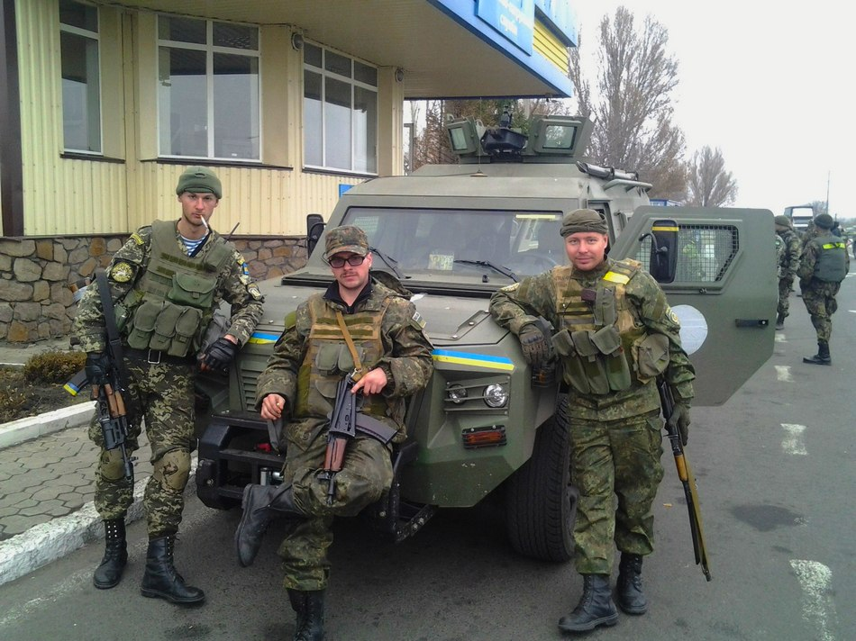 <!--:ru-->Фото: Украинские бронеавтомобили КрАЗ Кугуар 4х4<!--:--><!--:uk-->Фото: Українські бронеавтомобілі КрАЗ Кугуар 4х4<!--:-->