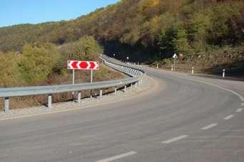 Под Львовом начали ремонт дороги