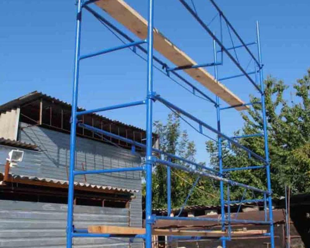 хомутовый лес для строительных работ
